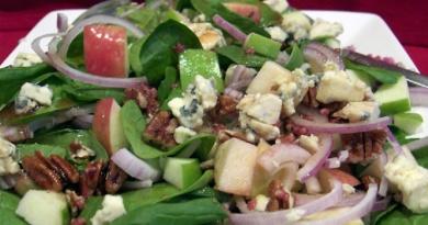 salat-yabloki-shpinat