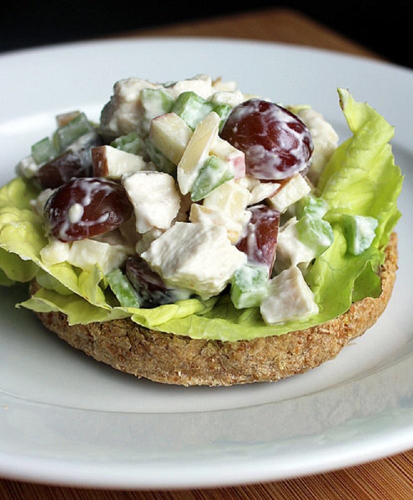 salat-s-kuritshey